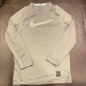 Nike Pro Boys Size Small